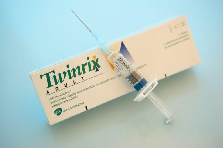 Tiêm phòng viêm gan B có tác dụng phụ như thế nào