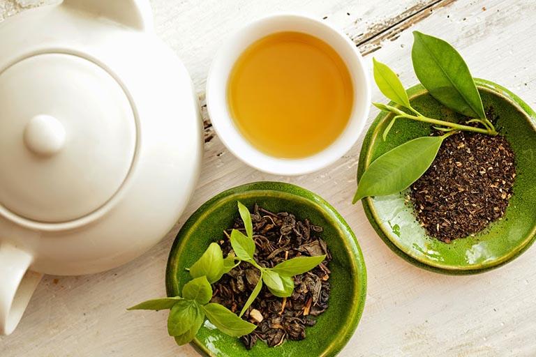 Lá trà xanh và công dụng chữa gan nhiễm mỡ